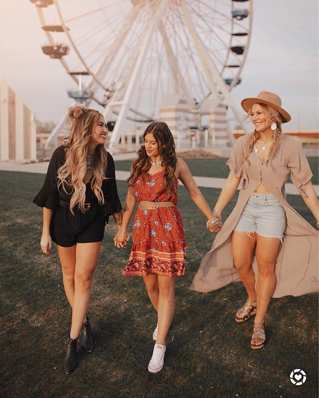 Bc festival season is upon us and I can not be any more excited!! So me and my besties wanted to share a little inspo with you guys!! . Thank you @hairandmuasavannahfaye for doing my hair and makeup for this shoot!! . I've linked all of our outfits on the @liketoknow.it  app!! #liketkit Download the LIKEtoKNOW.it app to shop this pic via screenshot http://liketk.it/2B3HT