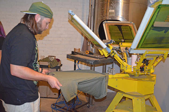 twin-city-tees-screen-printing-MN-on-site.png