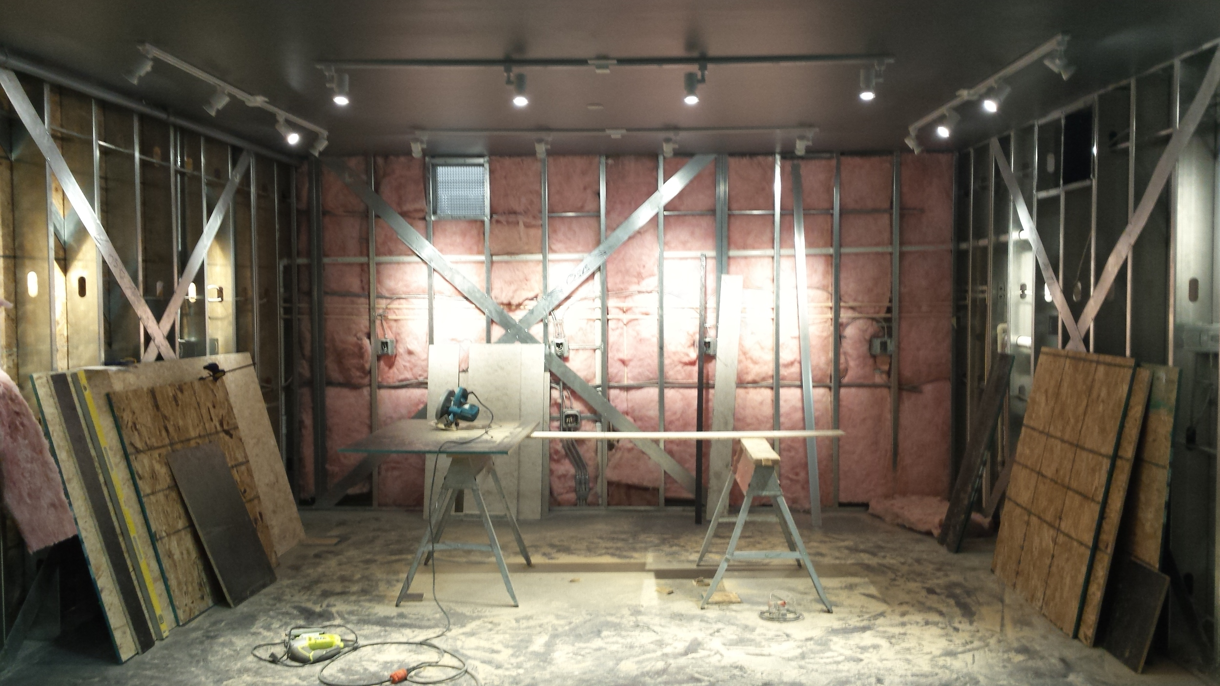 6-taproom-store-OSB-walls-MN-Inbound-Brewco.jpg