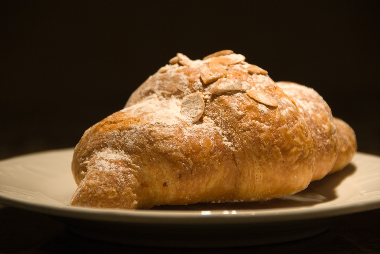 2008_Almond-Croissant.jpg