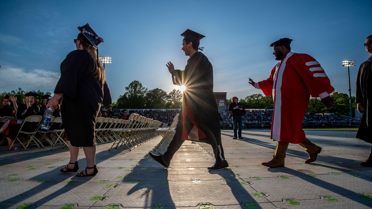 Graduation 400.jpg