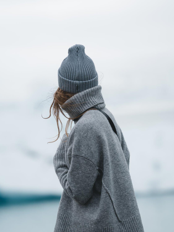 Sweater_pexels-photo-2658451.jpeg