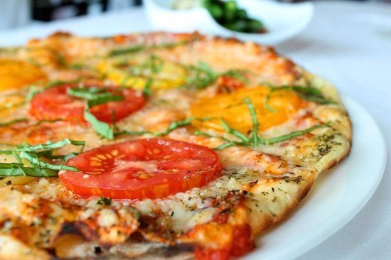 castello+pizza1.jpg