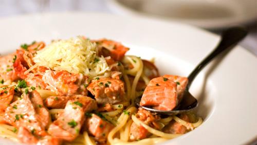 21+steps+salmon+pasta.jpg