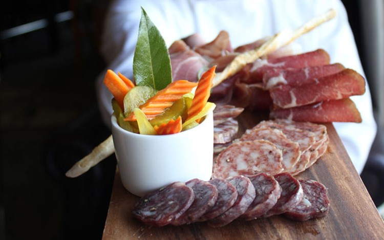 basalt+meat+dish.jpg