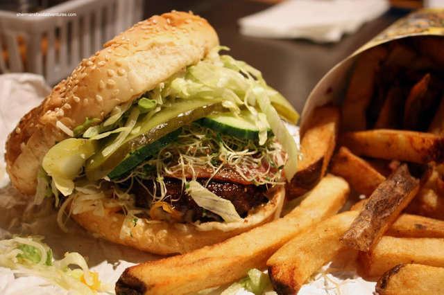 splitz+burger+fries3.jpg