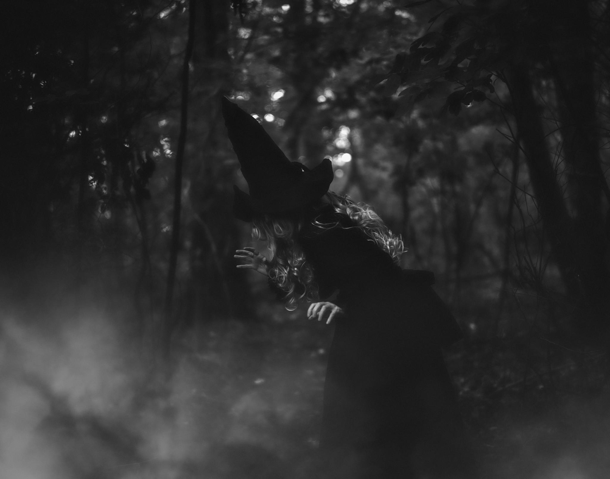 witchsharoncovert