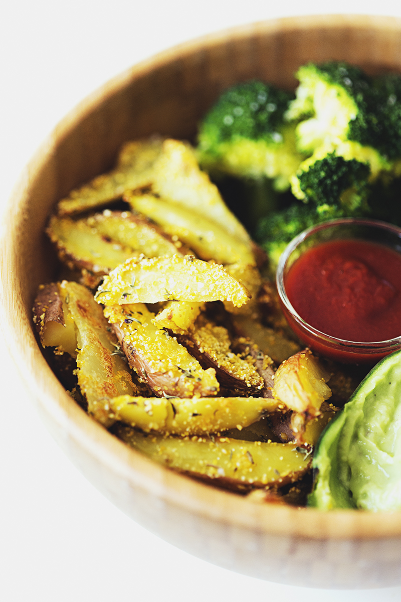 High Carb Low Fat Vegan Recipe, Baked Potatoes with Steamed Broccoli & Guacamole