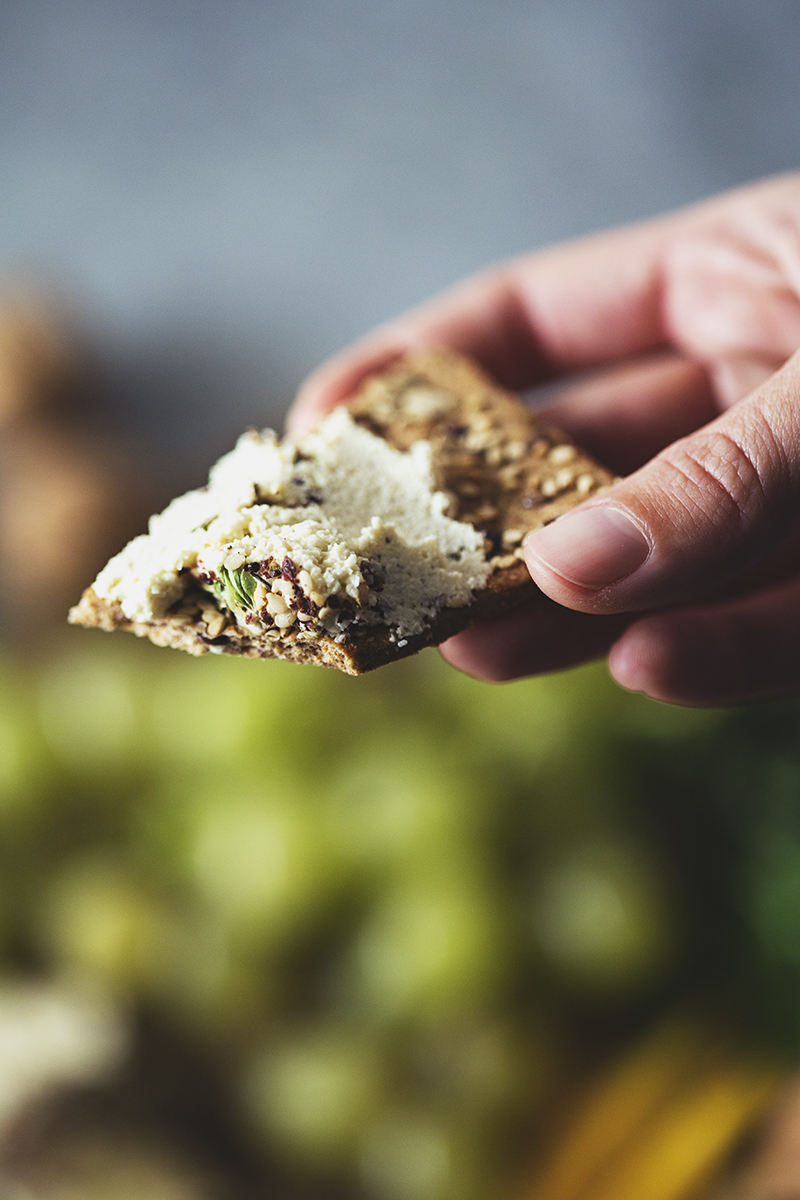Two easy vegan recipes for Christmas appetizers: a Za'atar Cashew Cheese Log and a Lentil and Olive Paté
