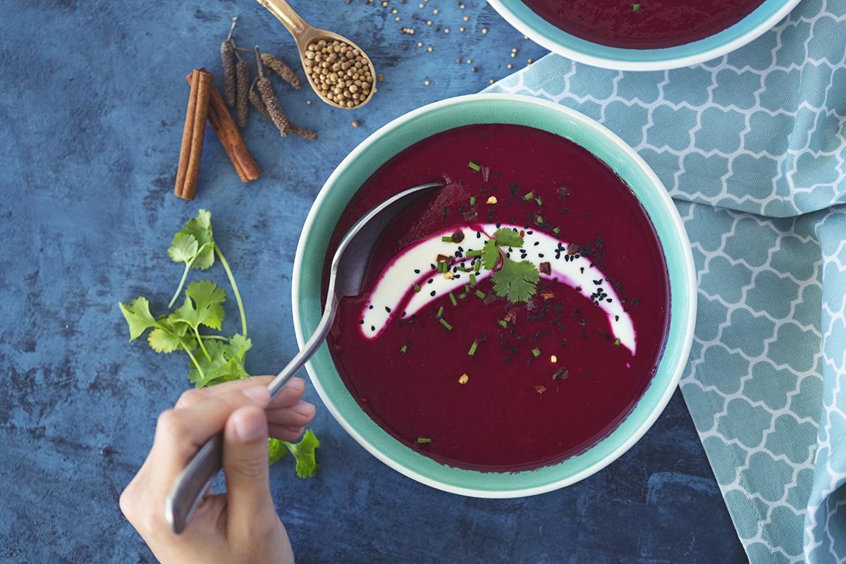Receita saudável e vegetariana de Sopa de Beterraba & Maçã Reineta