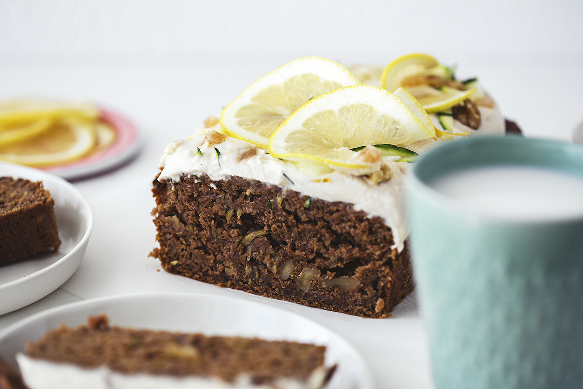 Healthy Vegan Zucchini & Lemon Cake Recipe