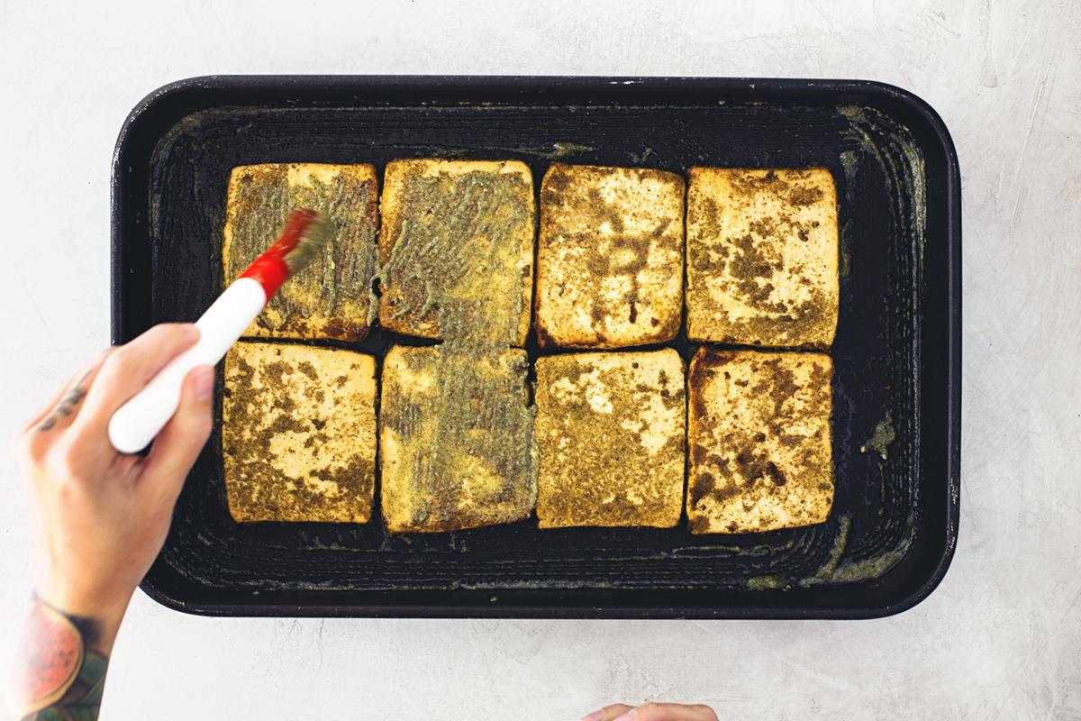 Cocoon_Cooks_Tofu_Roast_Cornbread_Crumble_8