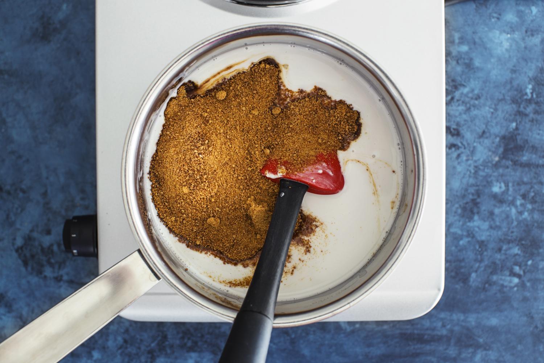 Cocoon_Cooks_Vegan_Coconut_Salted_Caramel_6