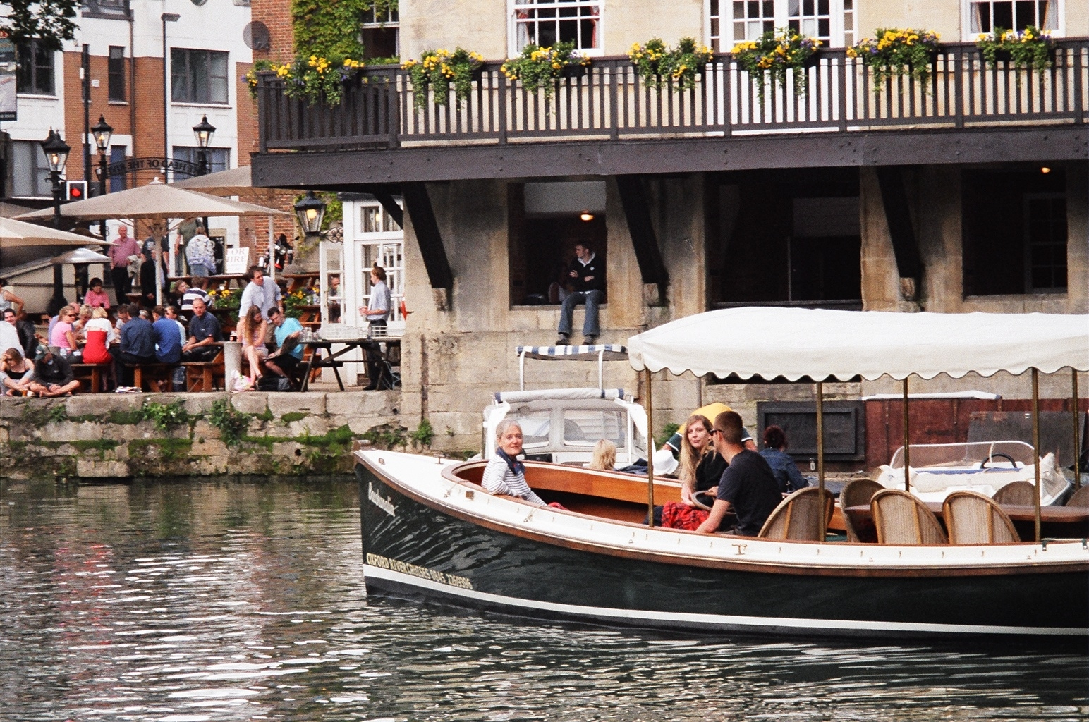 Boats trips in central Oxford