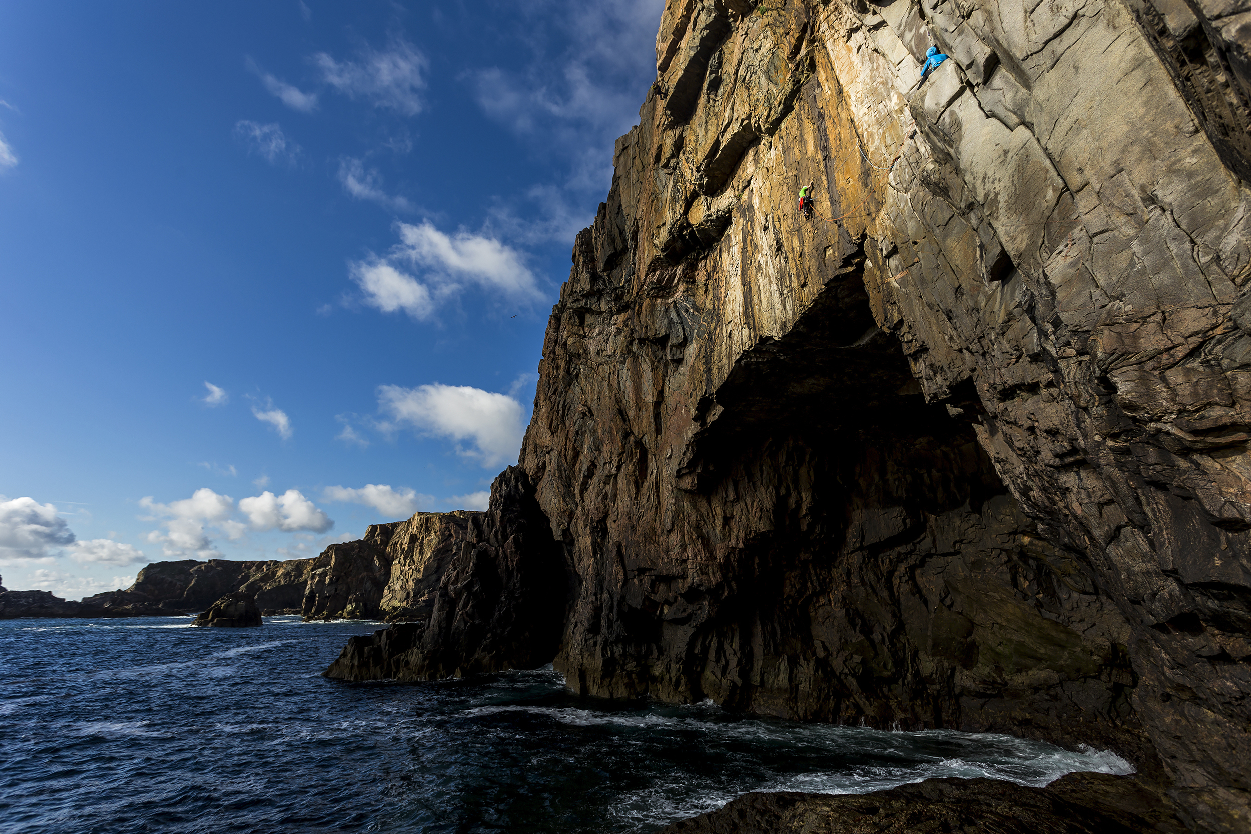 Dave MacLeod on The Prozac Link (E4) at Screaming Geo, Isle of Lewis.