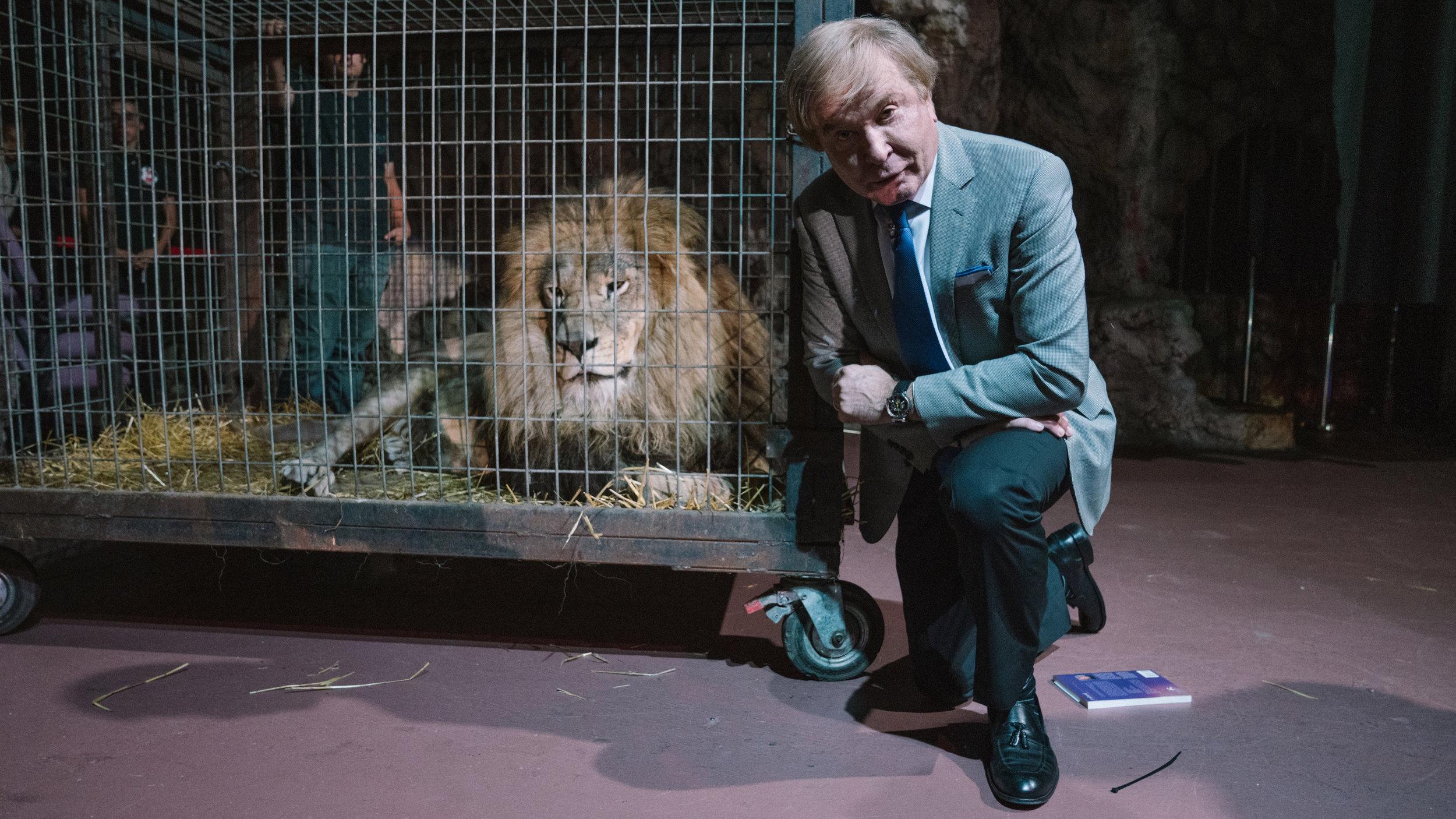 Pastor Steve Munsey brings real Lion to FCC