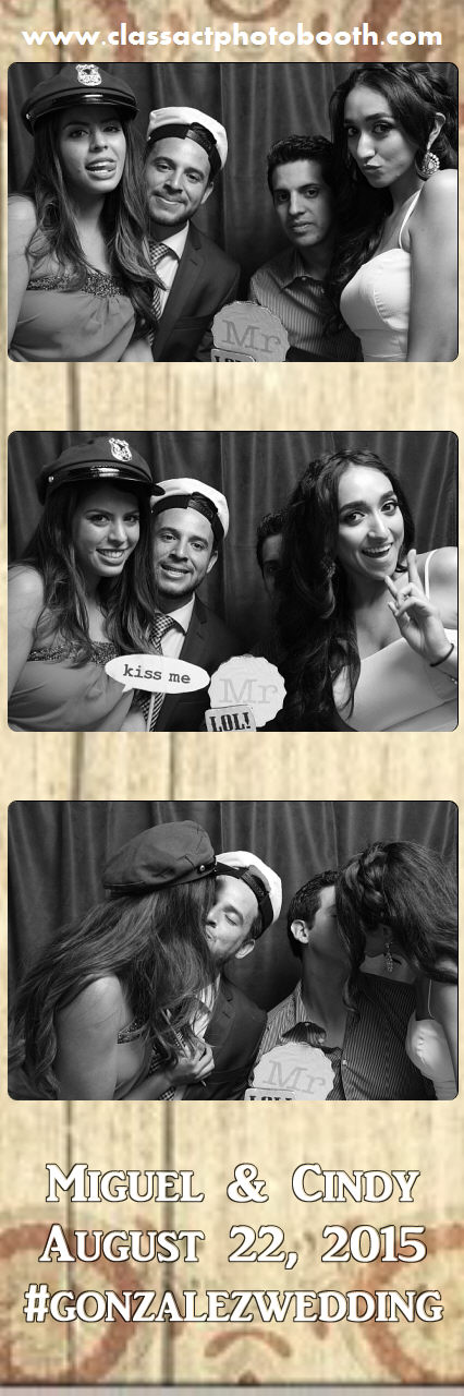 Faulkner wedding photo booth (4).jpg