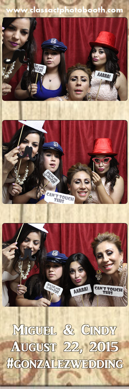 Faulkner wedding photo booth (8).jpg