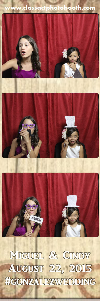Faulkner wedding photo booth (18).jpg