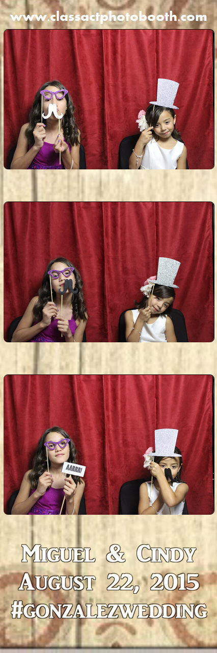 Faulkner wedding photo booth (19).jpg