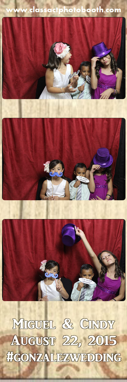 Faulkner wedding photo booth (27).jpg