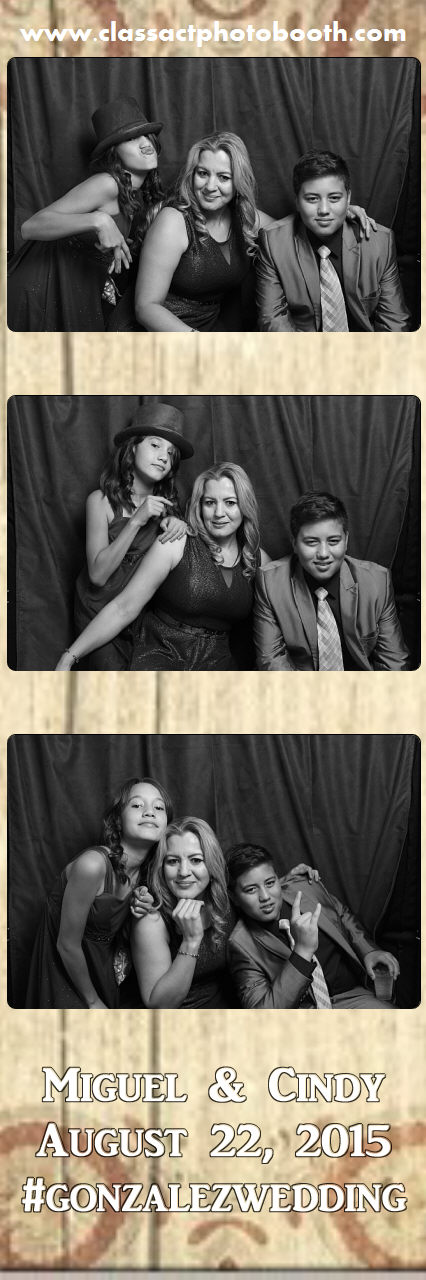 Faulkner wedding photo booth (28).jpg