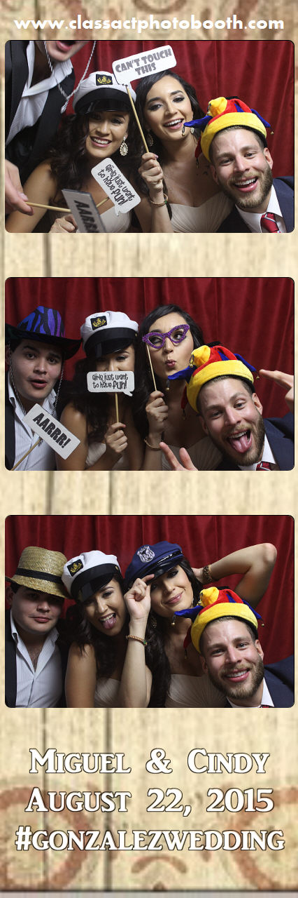 Faulkner wedding photo booth (36).jpg