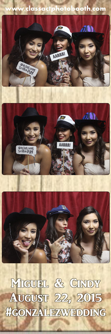 Faulkner wedding photo booth (40).jpg