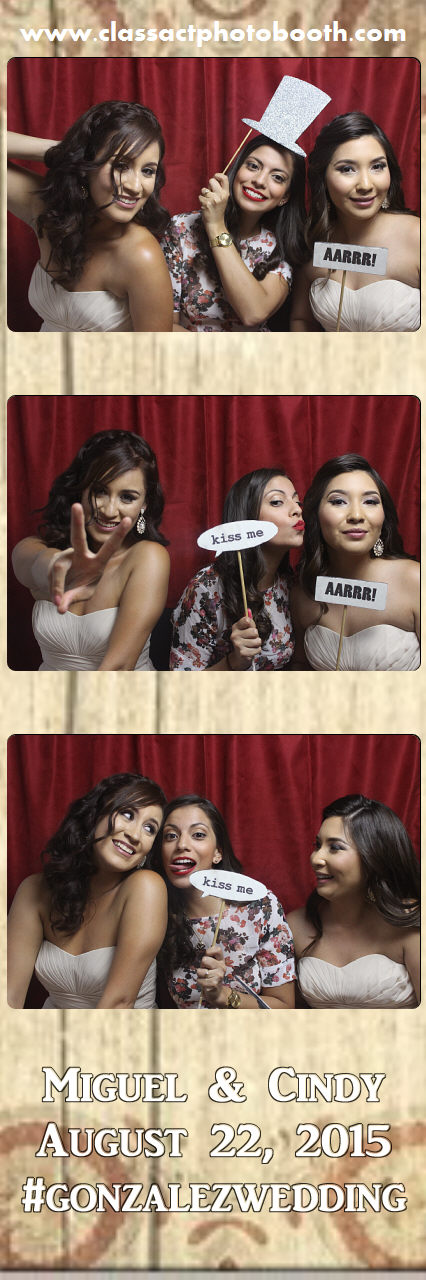 Faulkner wedding photo booth (41).jpg