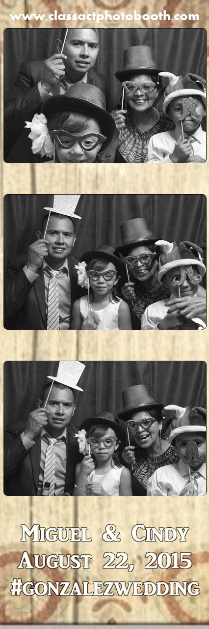 Faulkner wedding photo booth (45).jpg