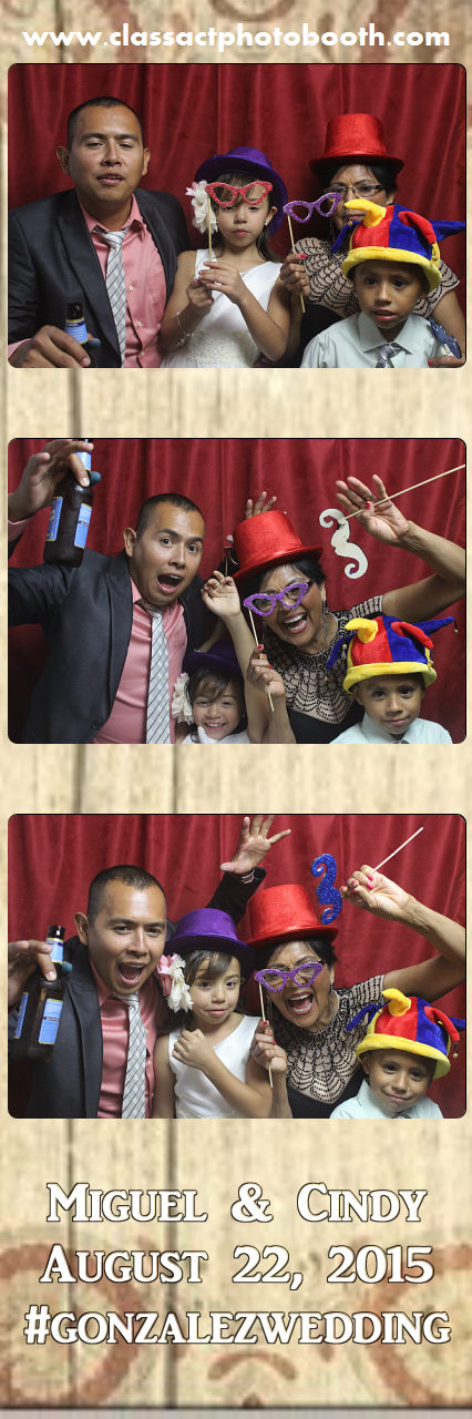 Faulkner wedding photo booth (47).jpg