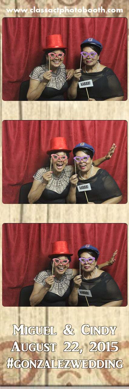 Faulkner wedding photo booth (48).jpg