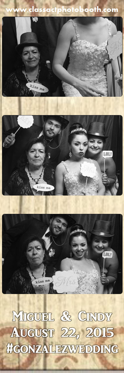 Faulkner wedding photo booth (57).jpg