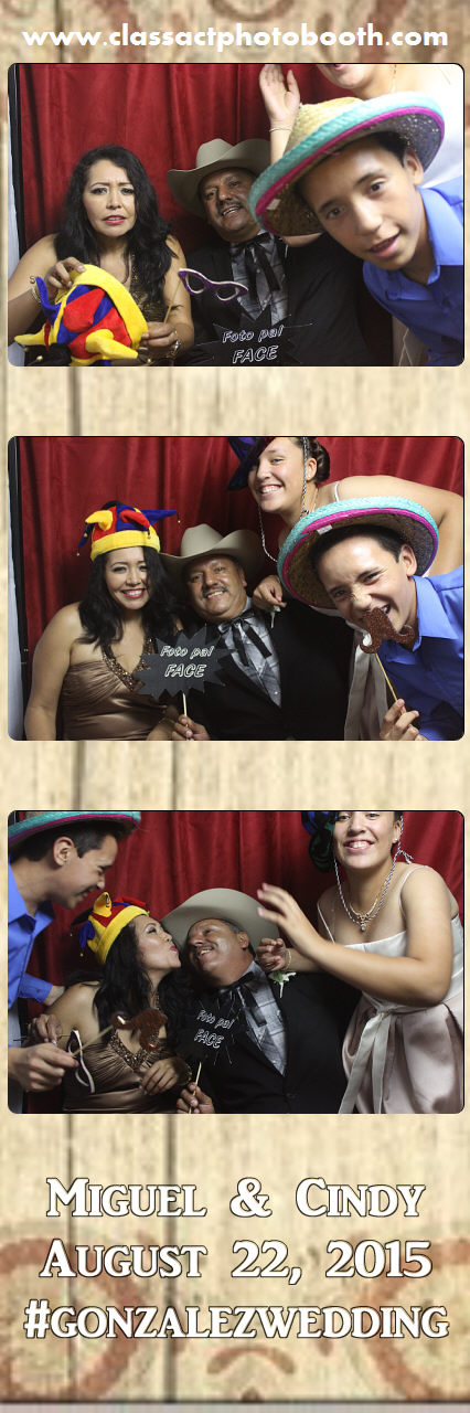 Faulkner wedding photo booth (76).jpg