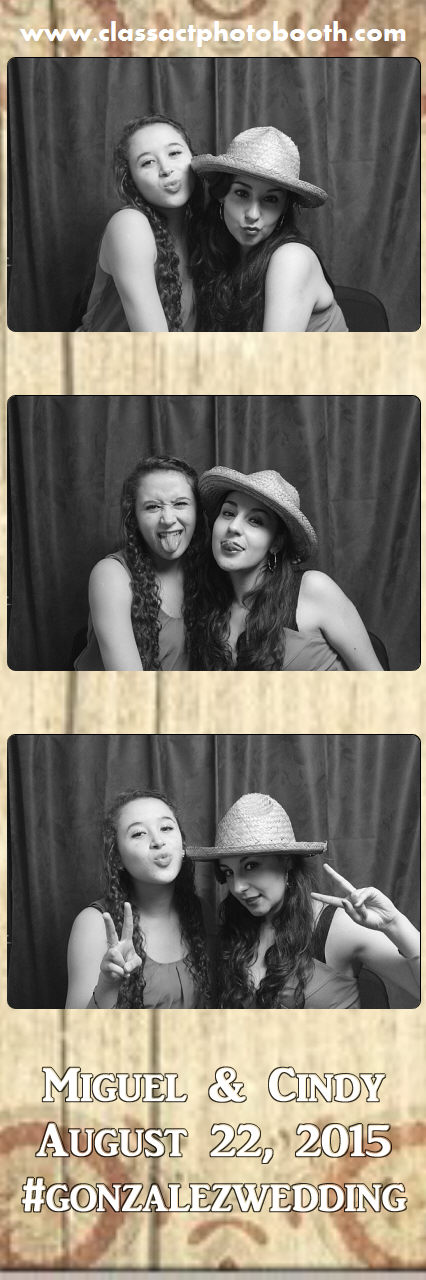 Faulkner wedding photo booth (82).jpg