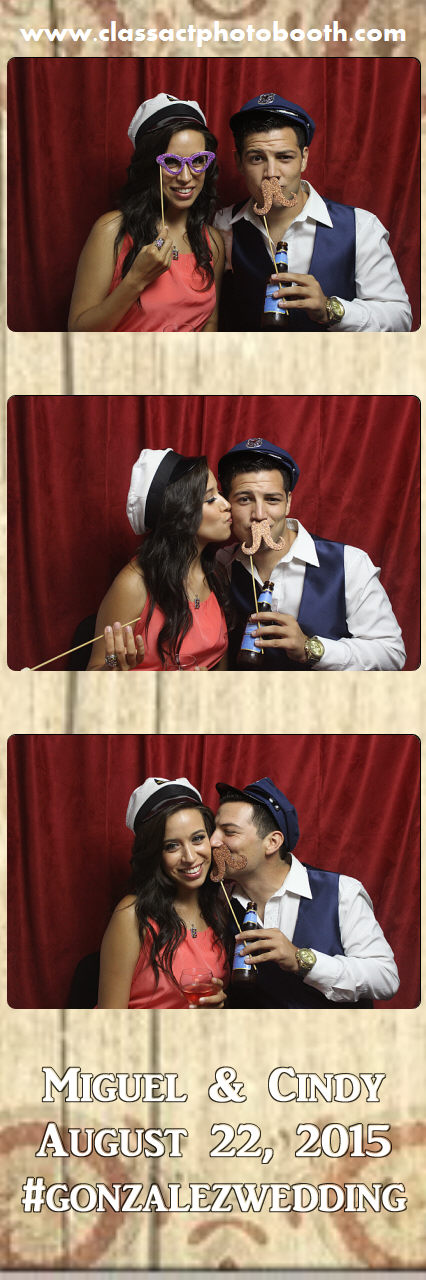 Faulkner wedding photo booth (87).jpg
