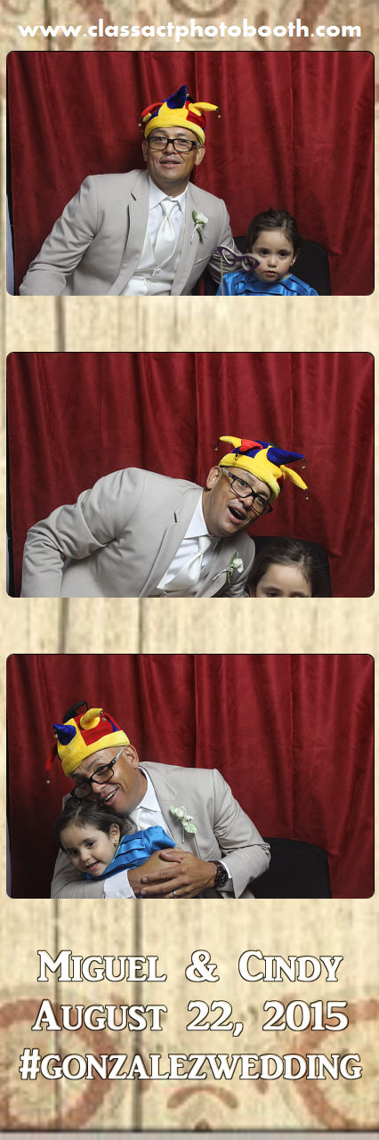 Faulkner wedding photo booth (90).jpg