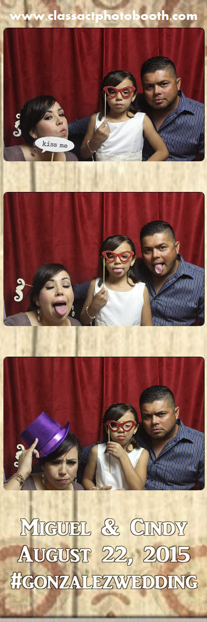 Faulkner wedding photo booth (93).jpg