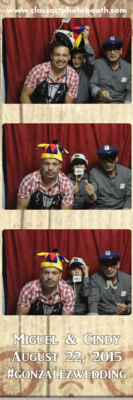 Faulkner wedding photo booth (105).jpg