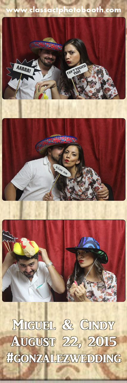 Faulkner wedding photo booth (112).jpg