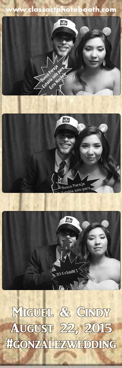 Faulkner wedding photo booth (119).jpg
