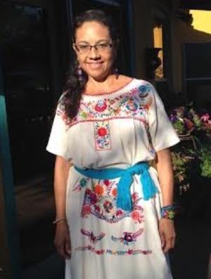 Lucia Carmona.png