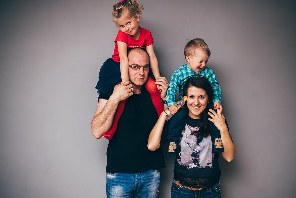 photographer cahir tipperary clonmel cashel family  portrait 7.jpg