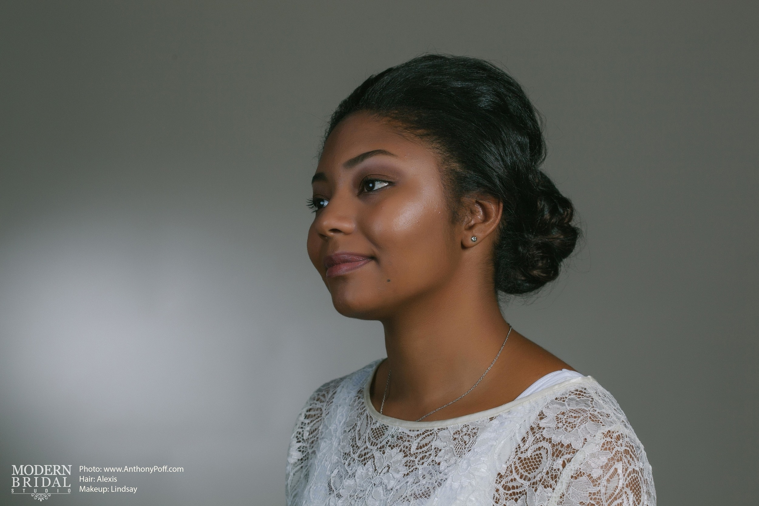 Modern Bridal Studio - Natural Beauty Shoot