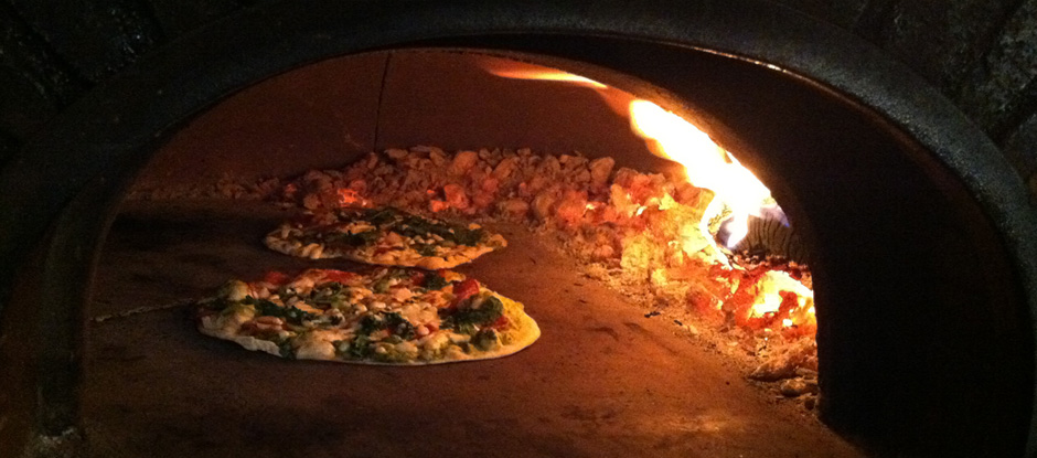 brick-oven-pizza-2 - Copy.jpg