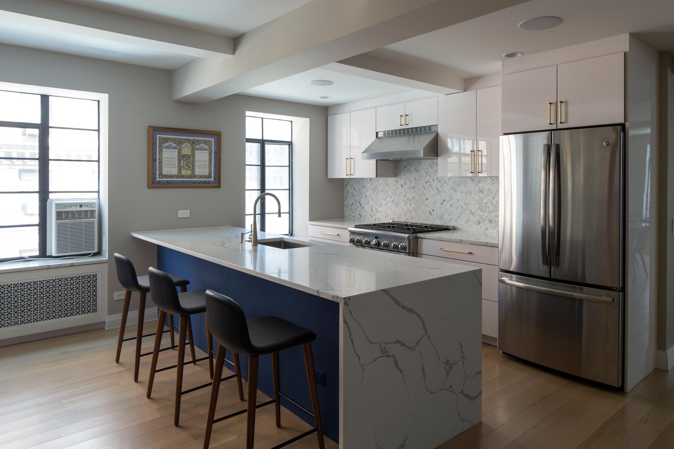 kitchen1_b.jpg