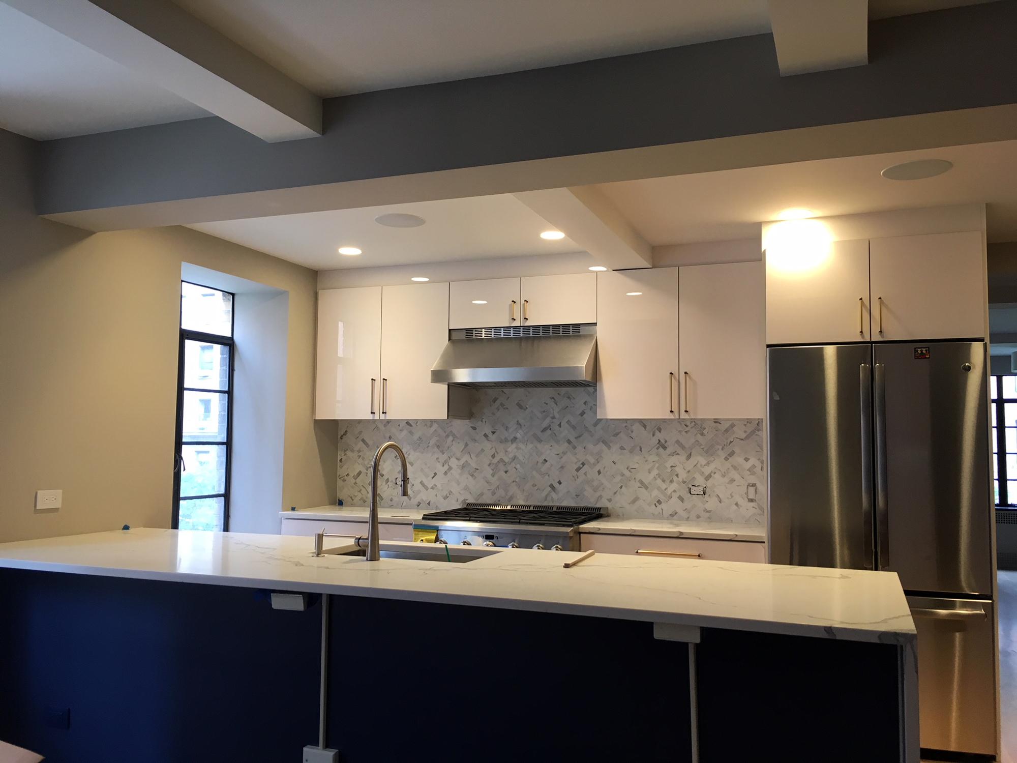 kitchen2_a.jpg
