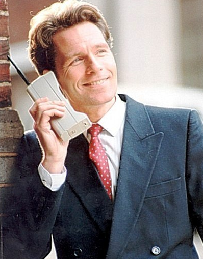 Hello ? It's the 90's , the people want their long Xanga post and stupid jokes back