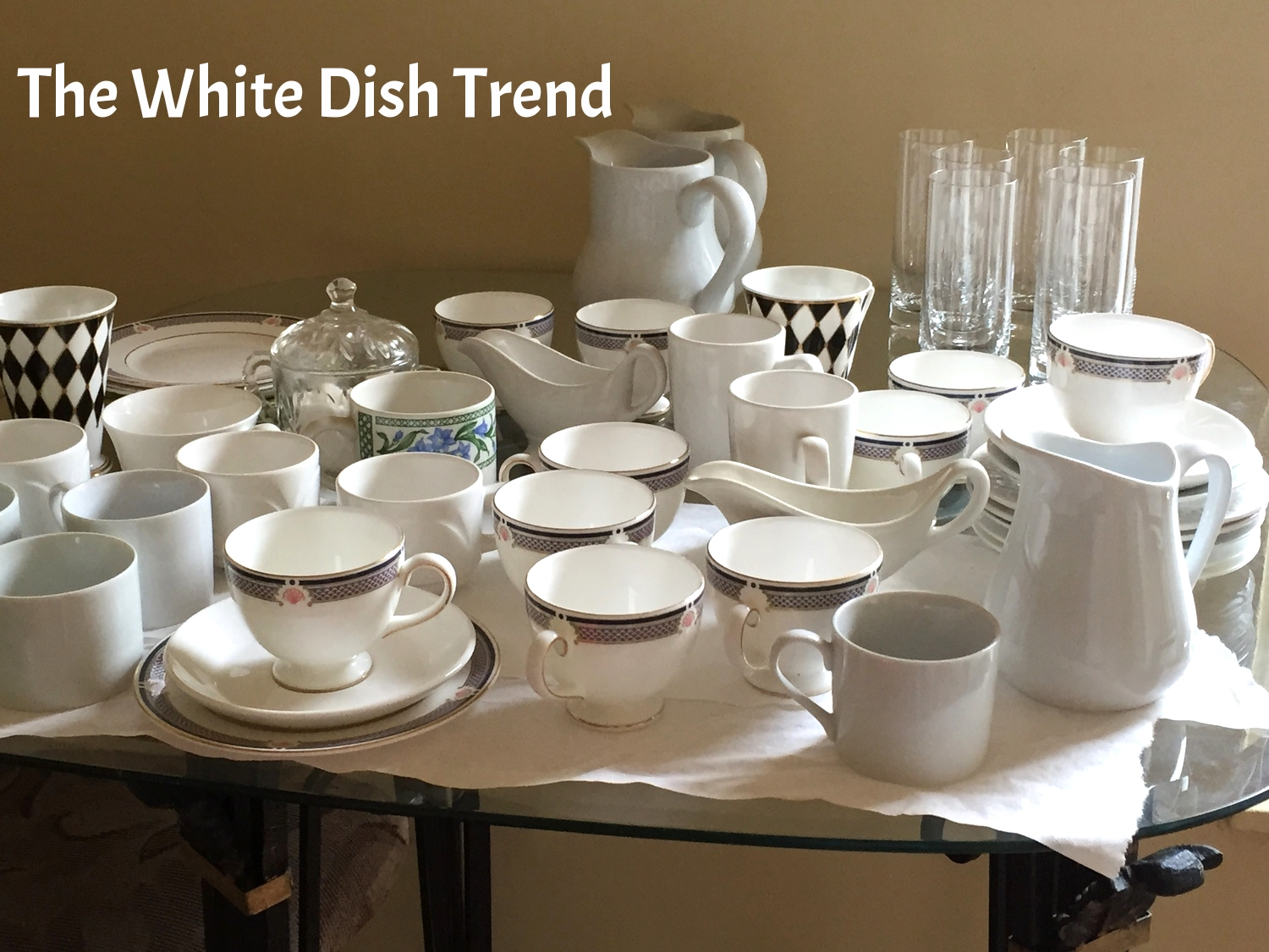 White dishes are back in style!