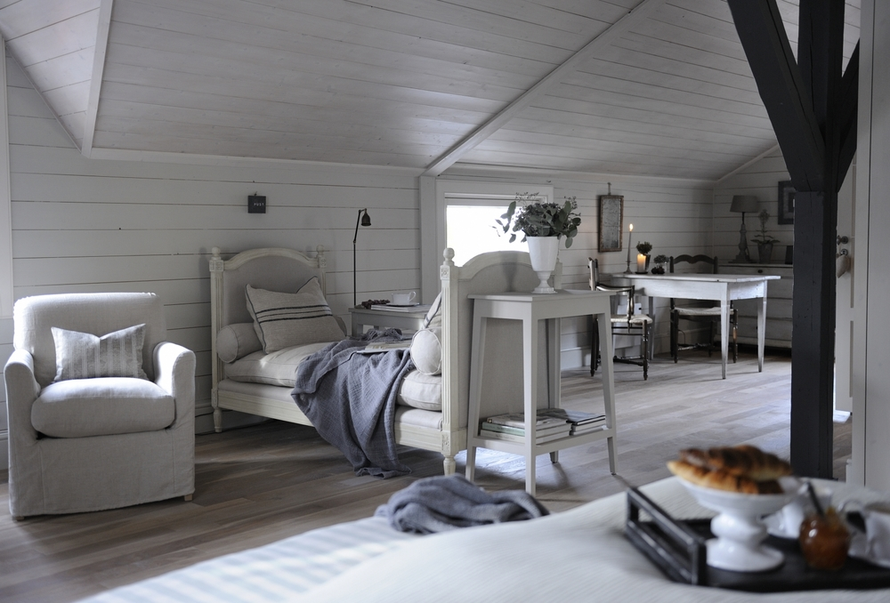 Synonymouss.com | Synonymous Luxury Interior Design Firm NYC | Designer Highlight #1 | log cabin ideas , Farmhouse ideas , Modern farmhouse ideas , rustic chic
